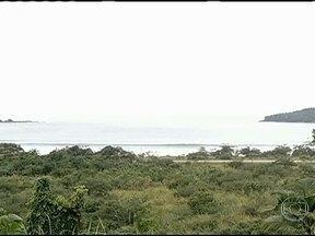 Estação Ecológica de Tamoios está sendo monitorada via satélite - Uma importante área de preservação ambiental já está sendo monitorada via satélite. O rastreamento das embarcações que invadem a Estação Ecológica de Tamoios está ajudando a evitar a pesca, proibida na área.