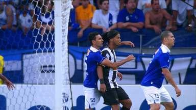 Cruzeiro entra com dois pedidos de punição contra Ronaldinho Gaícho na Justiça Desportiva - Os motivos foram referentes ao comportamento do jogador no clássico que decidiu o campeonato mineiro, no último domingo.