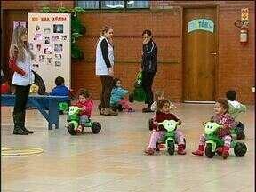 Hoje é o Dia Mundial do Brincar - Creche particular de Cascavel faz atividades especiais para destacar a importância das atividades recreativas no crescimento das crianças.