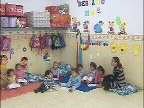 Educadores e estagiários começaram a trabalhar nesta semana - Na creche do Jardim Curitibano, o quadro está completo agora