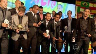 Melhores do Campeonato Mineiro são premiados na festa do Troféu Globo Minas - O gol mais bonito, eleito pelos internautas, foi de Bernard.