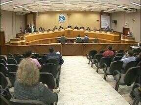 Vereadores discutiram hoje emendas do projeto de lei para o abastecimento de água - A maioria das emendas não foi aprovada.