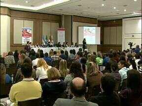 Conferência em Foz discute proteção de crianças e adolescentes - Os participantes discutiram ações para o fortalecimento das famílias e assim evitar a violação de direitos.