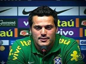 Goleiro Júlio César relembra tri carioca de 2001 pelo Flamengo no Maracanã - Arqueiro vive expectativa de disputar segunda Copa do Mundo pelo Brasil.