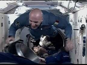 Astronauta italiano pede lasanha e risoto do espaço - O astronauta italiano, Luca Parmitano, solicitou uma lasanha, um risoto e berinjela à parmigiana. A nave de Carga Albert Einstein vai ser lançada nesta quarta (5), ao espaço.