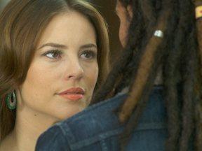 Glauce levanta suspeitas contra Paloma - Pediatra rejeita Ninho, dizendo que pode confiar em Bruno