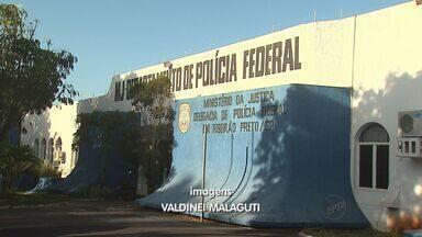 Homem invade pista do aeroporto de Ribeirão Preto, SP - Suposto ladrão quase foi atropelado por aeronave que se preparava para decolar na tarde deste sábado (8).