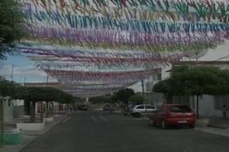 Concurso vai escolher rua mais ornamentada para São João em Patos, PB - Moradores estão animados com incentivo.
