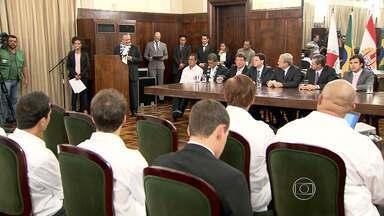 Seleção do Taiti é homenageada em Belo Horizonte - Evento ocorreu na noite desta quarta-feira (12), na prefeitura da capital mineira.