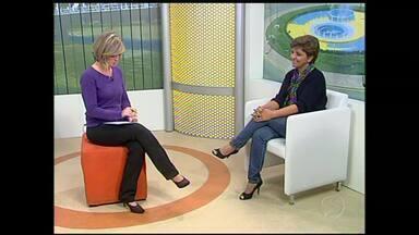 Origem das Festas Juninas é tema de conversa no estúdio do RJTV, em Volta Redonda, RJ - Dia de Santo Antônio marca o início do período das festas; professora de história explica origem das comemorações e significado dos símbolos.