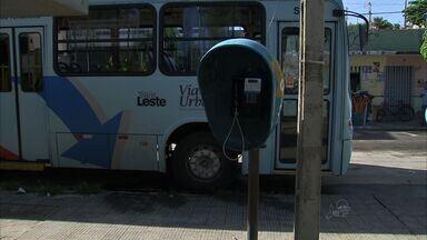 População reclama da retirada de telefones públicos em Fortaleza - População afirma que ainda faz uso dos telefones.