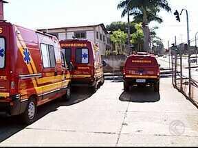Uberlândia e Uberaba recebem viaturas para os bombeiros - Governo do estado entregou 88 veículos para várias cidades. Foram mais de R$ 36,5 milhões, sendo R$ 27 milhões da Taxa de Incêndio.