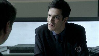 Félix fica pasmo ao saber que Eron tem um parceiro - Ele diz tudo sobre sua relação com o parceiro