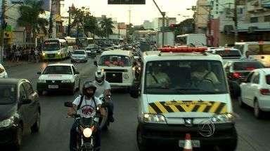 Trânsito e segurança são reforçados durante protesto em Cuiabá - O trânsito e a segurança nas ruas e avenidas de Cuiabá foram reforçados durante o protesto ocorrido nesta quinta-feira, em Cuiabá.