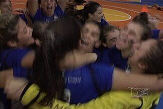 Pinheiro de São Paulo ficou com o título de handebol feminino do Campeonato Brasil - Time venceu as paraibanas do Apcef.