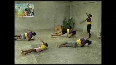 Projeto leva arte circense para crianças de Três Rios, RJ - Oficina ensina várias atividades na teoria e também na prática
