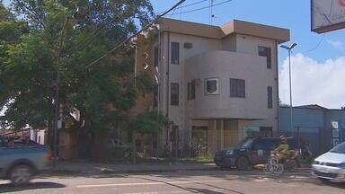 Assalto com reféns à residência na Morada das Palmeiras - Homens assaltaram residência na Morada das Palmeiras, zona norte de Macapá. Houve duas reféns e dois suspeitos foram presos.