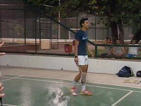 Atleta do Badminton pede apoio para continuar no esporte - Atleta do Badminton pede apoio para continuar no esporte
