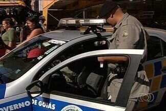 Secretaria de Segurança Pública quer reduzir a criminalidade em 30%, em Goiânia - O número de assassinatos em Goiânia neste ano foi um pouco menor que no ano passado. A Secretaria de Segurança Pública anunciou uma nova estratégia de combate à criminalidade. O objetivo é reduzir os homicídios em 30%.