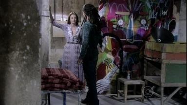 Paloma surpreende Ninho ao visitá-lo - Ele não esperava a visita da médica