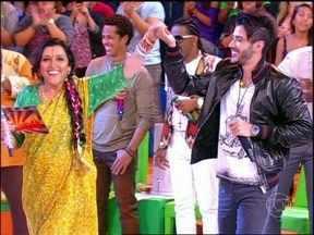 Ao som de 'Balada', Gusttavo Lima anima a plateia do Esquenta! - Cantor sertanejo revela também que está noivo