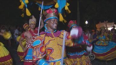 Grupos se apresentaram em Olinda para lembrar o Dia do Maracatu - Turistas e moradores da cidade se encantaram com as apresentações.