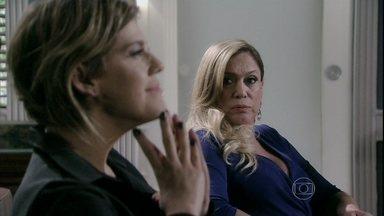 Edith ameaça Félix - Ela diz que fará um escândalo e irá aos tribunais se ele não fizer um bom acordo financeiro