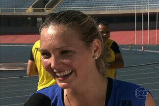 Auxiliar que levou bolada passa por teste físico da FIFA junto com outros árbitros - Teste foi realizado no Ibirapuera, em São Paulo.
