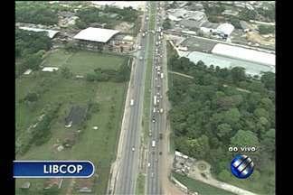 Libcop mostra trânsito na BR-316 - Tráfego de veículos flui normalmente.