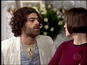O Cravo e a Rosa - capítulo de sexta-feira, dia 16/08/2013, na íntegra - Relembre a história de Catarina e Petruchio