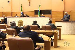 Obras públicas inacabadas são tema de discussão na Assembleia Legislativa em Aracaju - As obras públicas inacabadas é um dos principais problemas enfrentados pelo setor da construção civil em Sergipe.