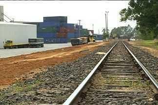 Governo federal anuncia que vai terceirizar dois trechos da ferrovia Norte-Sul - Expectativa do Ministério dos Transportes é de que editais sejam publicados até outubro. Empresários acreditam que estrutura ferroviária pode ajudar no desenvolvimento da economia goiana.