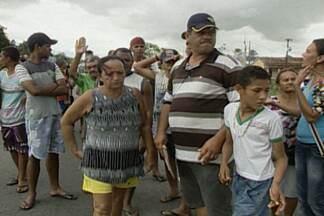 Manhã de protestos na BR-230 próximo a Café do Vento, na Paraíba - Moradores da região reclamam do alto número de acidentes e buscam uma solução.