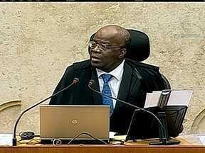 STF mantém condenação de Delúbio Soares - O Supremo Tribunal Federal (STF), manteve a condenação do ex-tesoureiro do PT, Delúbio Soares. O STF adiou o julgamento de Marcos Valério, o operador do mensalão.