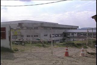 Obras do Hospital Regional de Santa Maria podem parar novamente - As obras estão atrasadas há quase dois anos.