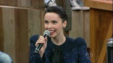 Débora Falabella diz que fãs pedem a volta de Avenida Brasil - Atriz comenta que a personagem Nina ainda faz sucesso nas ruas
