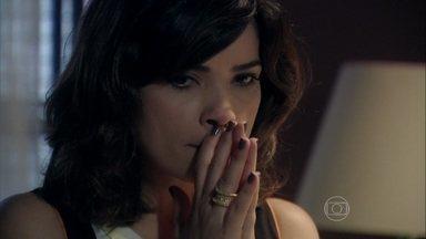 Aline decide se mudar do flat - Ela volta a ser assediada por Jacques e o dispensa