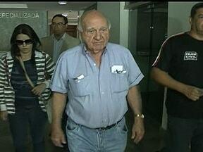 Wagner Canhedo é preso por sonegação fiscal - O empresário Wagner Canhedo, ex-dono da companhia aérea Vasp, foi preso em Brasília, neste sábado (31), por sonegação de impostos. O mandado de prisão foi expedido pela justiça de Santa Catarina.
