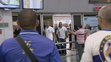 Nacional-AM desembarca em Manaus após jogo contra o Salgueiro - Time amazonense conseguiu trazer na bagagem a chance de decidir em casa se continua na Série D do campeonato brasileiro