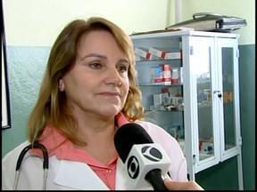 """Profissional do """"Mais Médicos"""" começa a trabalhar em Itaúna, MG - Clínica assume posto que estava há oito meses sem médico.Médica está atuando no Posto de Saúde da Família no Bairro Piedade."""