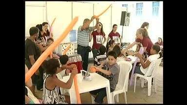 7º Festival CineMúsica é realizado em Conservatória, distrito de Valença, RJ - Evento terá exibição de mais de cem filmes, além de contar com o rock brasileiro que marcou os anos 80; são esperados dez mil turistas nos quatro dias de evento.