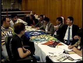 Valadares realiza a primeira reunião da Comissão Participativa Popular - Comissão tem como objetivo aproximar a comunidade e os membros do legislativo.