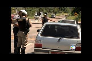 Estudantes são os principais usuários de transporte ilegal em Juiz de Fora - Carros particulares são os principais veículos utilizados. Juiz de Fora responde por 70% das apreensões de Minas Gerais.