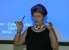 Evento sobre doença de Alzheimer acontece em Caruaru - Evento contou com palestras e mesas-redondas sobre a temática. Iniciativa foi aberta ao público e começou nesta quinta-feira (5).