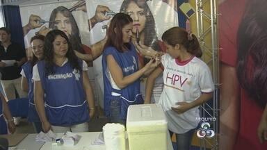 Campanha de Vacinação contra o HPV é prorrogada no Amazonas - Imunização segue até o dia 13 deste mês, segundo a Susam. Até terça-feira, mais de 82,4 mil meninas haviam recebido a 1ª dose da vacina.
