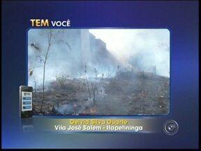 Morador flagra queimada em terreno em Itapetininga - De acordo com o morador Deivid Silva Duarte, o incêndio durou aproximadamente meia hora. Não houve feridos e nenhuma casa foi atingida pelas chamas. Ainda não se sabe o que provocou o fogo.