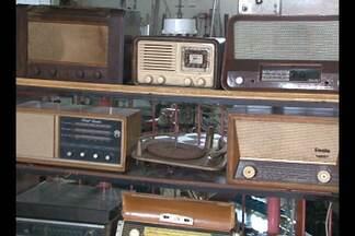 Você gosta de colecionar algum objeto? - Uma paixão que começou na infância e agora acumula mais de 30 mil objetos.