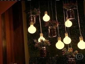 """Exposição de decoração em Belo Horizonte tem boas opções com baixo custo - Exposição """"Morar mais por menos"""" ajuda a decorar a casa sem gastar muito dinheiro. Há exemplos de luminárias e objetos de decoração que podem ser feitos com materiais bonitos e baratos."""