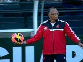 Após saída de Mano, Flamengo tenta se reerguer com Jayme de Almeida no comando - Treinador comandou o rubro-negro na vitória fora de casa sobre o Criciúma.