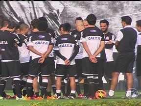 Tite tem longa conversa com elenco antes de treinamento do Corinthians - Gerente de futebol do Corinthians, Edu Gaspar falou a imprensa sobre situação atual do treinador.